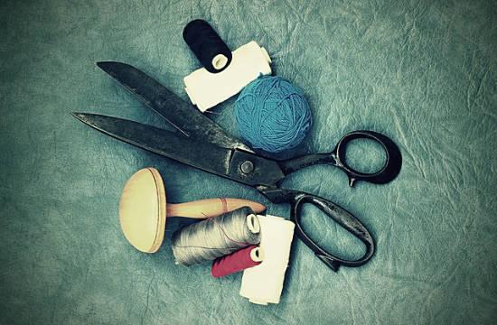 scissors n threads